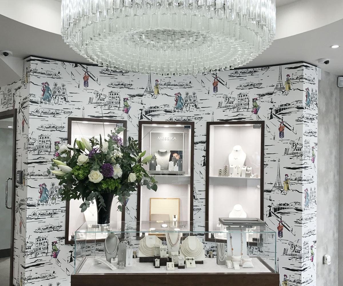 Retails Shop Fitting Banks Lyon